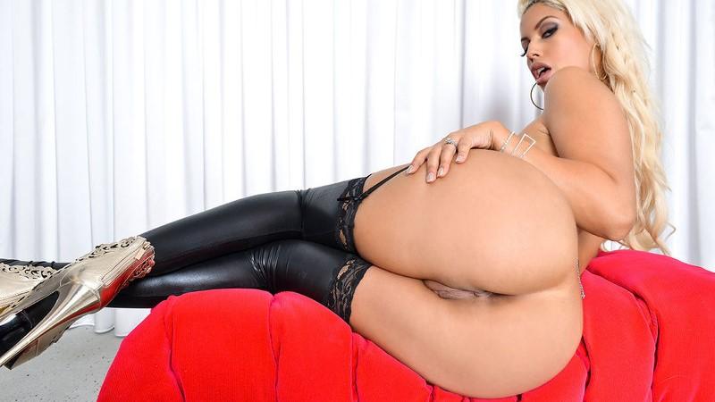 vr milf big tits pussy
