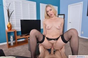 Girlfriend-And-Chill-NaughtyAmericaVR-Riley-Reyes-Damon-Dice-vr-porn-video-vrporn.com-virtual-reality3