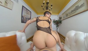 Pleased-to-Tease-MILFVR-Della-Dane-vr-porn-video-vrporn.com-virtual-reality3