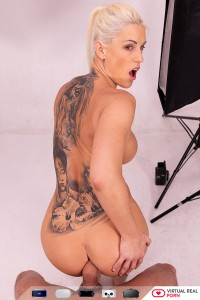 Vr Porn Picture Blanche Bradburry09