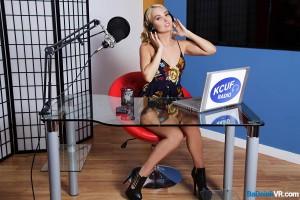 teen vr radio